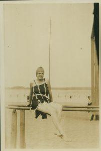 """Verão e lazer final anos 1920 – """"Moda"""""""
